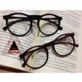 แว่นตา มาใหม่ค้ะ ดำมัน/น้ำตาลด้าน สามารถนำไปเปลี่ยนเลนส์สายตาได้ค่ะ แข็งแรง ทนทาน สินค้าพร้อมส่ง 160 ส่งฟรีค่ะ สนใจแอดมาค่ะ แม่ค้าใจดี #sunglasses#sale #sun#vintage#rayban#แว่น#แว่นตา#แว่นกันแดด#chic#fashion#lady#ตามหา#ตามหาจนเจอ