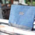 กระเป๋าถือนิ่มๆ ใส่โน๊ตบุ๊คได้ กระเป๋าผ้า+หนัง มีซับใน มีซิปปิดกระเป๋า Size : 16.5*13 inch Price : 280.- Line : paelur #itsyours