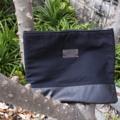 กระเป๋าถือนิ่มๆ ใส่โน๊ตบุ๊คได้ กระเป๋าผ้า+หนัง มีซับใน มีซิปปิดกระเป๋า Size : 16.5*13 inch Price : 280.- Line : paelur