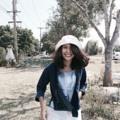 รีวิว จากลูกค้าคนสวย ขอบคุณมากนะฮ้าบบบ 👒 Bucket hat 👒 Material : canvas Color : navy blue , natural white Size : free size  Price : 220.- free ส่งลงทะเบียน #Bucket hat #somehow