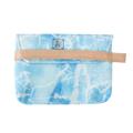 กระเป๋าถือ ทำจากผ้าแคนวาส แบบมีก้น ปักลายโลโก้ สกรีนลายแพทเทิร์นหินไบรท์ไซด์ สายคาดเปิดปิดทำจากหนัง สำหรับสาวๆ ที่ต้องการใส่สิ่งของพกติดตัว  Price: 590 Baht (Free EMS in Thailand) Size : 26 x 19 x 3 cm. Printed cotton with Leather | Handmade    Designed by Studioflamingo Co.,Ltd  สอบถามและสั่งซื้อได้ที่ Line ID: @studioflamingo Instagram: @studioflamingostore Inbox: http://bit.ly/stfginbox  Tel: 095-869-0959  #studioflamingo #journeyofluck #brightside #vintage #handmade #gift #handbag #clutchbag #fashionbag #clutches