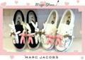 💕 Marc Jacobs 💕   รองเท้าผ้าใบแฟชั่น Marc Jacobs ดีไซน์น่ารักประดับด้วยตัว การ์ตูนรูปกระต่าย สีหวานๆ น่ารักมากๆ งานสไตส์ D.I.Y handmade สวมใส่ง่าย ไม่ต้องผูกเชือก สะดวกรวดเร็ว วัสดุทำจากผ้าแคสวาส อย่างดี ห้ามพลาดนะค่ะ  มี 2 สี ขาว ดำ    Size : 36 37 38 39  ขนาด :ปกติ