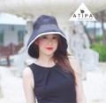 หมวกวินเทจปีกกว้างสุดหรู Coco Classy Black  หมวก ATIPA 👒 สวยและ เรียบหรู 👒ใส่ได้ทั้งสองด้าน 👒 ป้องกันแดดกัน UV (ชะลอวัย) 👒 สะดวกแก่การพกพาและเดินทาง   สั่งซื้อสินค้า Line official      : @atipa (http://line.me/ti/p/%40atipa) FB Message     : https://www.facebook.com/atipastyle/messages  #atipa #หมวก #หมวกวินเทจ #หมวกแฟชั่น #หมวก #หมวกหรู #วินเทจ #vintage #travel #holiday #audreyhepburn