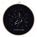 Embroidery hoop : CAPRICORN diameter : 20 centimeters fabric : linen (navy) with white thread • for decorate • wall hanging / wall mounting available every zodiac Make in Thailand  รอบสะดึงไม้ปักราศีมังกร ราศีศีมังกร สะดึงไม้ : เส้นผ่านศูนย์กลาง 20 เซนติเมตร • ผ้าลินินสีกรมปักด้วยไหมสีขาว • ใช้สำหรับตกแต่ง แขวนหรือติดผนัง มีครบทุกราศีนะคะ ผลิตในประเทศไทย