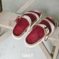 〰Called P. Sandals〰 Size : 35-41 Color : Maroon Price : 1,090 THB 🌿 รองเท้าแตะทำจากวัสดุหลายชั้นเพื่อ support เท้า พื้นรองเท้าอย่างดีกันลื่น>ไม้ก๊อกผสมผสมเนื้อยางพาราที่ให้ความทนทาน ไม่หลุดร่อน>PU Leather ที่ทำให้รู้สึกไม่แข็งเวลาสวมใส่ (ช่วงแรกที่ใส่อาจจะแข็งบ้าง แต่ใส่ไปเรื่อยๆจะนิ่มขึ้นแน่นอน) must have! เลยคู่นี้  🌿  #called_p #calledpplain #CalledPSandals #CalledP