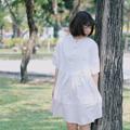 "PP01 : Kaze Dress เดรสใส่สบายตัวหลวม กระดุมไม้  | free size | อก 40"" ความยาว 33""  🌹พิเศษ Clearance SALE🌹  ราคา 255 bht. (ลด 70% จาก 850 bht.)  color : Light Oat fabric : Soft Cotton Muslin"