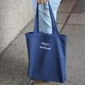 COMMON x UNCOMMON TOTE BAG  PRICE 350 BAHT  SIZE 36x40 CM  มีซิป มีกระเป๋าเล็กด้านใน